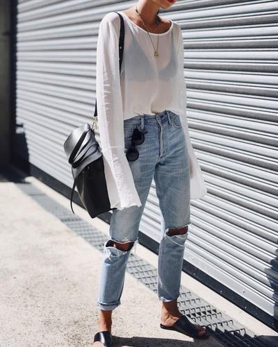 Jangan Lagi Melakukan Kesalahan Seperti Ini Saat Memilih Outfit untuk Ke Kampus, Ya!