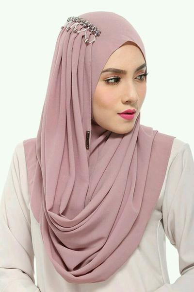 Hijab Instant to The Rescue!