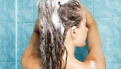 Keramas & Berenang Setelah Mewarnai Rambut