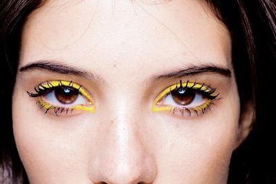 Begini Caranya untuk Tampil Cantik dengan Makeup Cerah Menggunakan Color Block Makeup Look