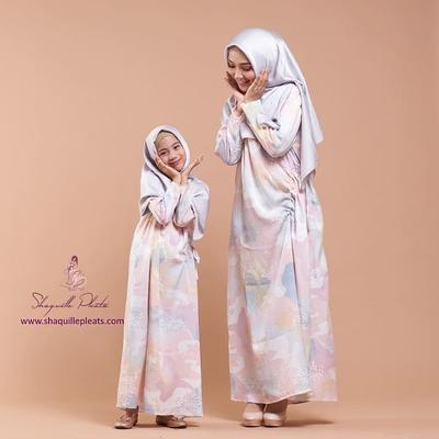 Biar Anak Makin Modis, Deretan Online Shop untuk Hijab Anak Ini Super Gemas, Ladies!