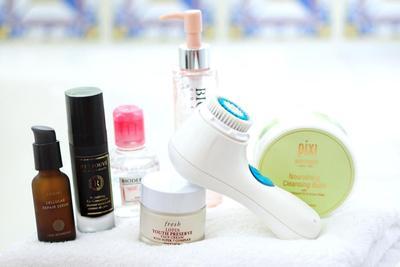 Tidak Perlu Khawatir, 4 Mitos Tentang Skincare Ini Salah & Jangan Lagi Kamu Dipercaya