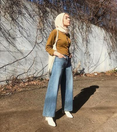 Wide Leg Jeans for Modern Look