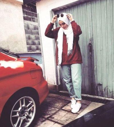 Boyfriend Jeans for Boyish Look but Still Fashionable