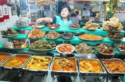 Display Makanan Mentereng