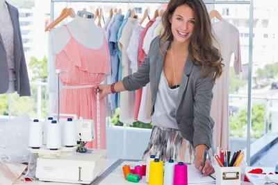Mau Coba Bikin Baju Sendiri Tapi Bingung Caranya? Begini Langkah yang Perlu Kamu Lakukan!