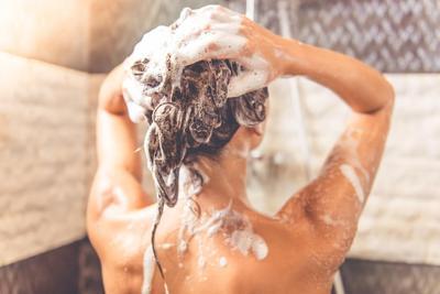 Bad Hair Day Karena Rambut Lepek? Inilah 5 Solusi Mudah yang Bisa Kamu Coba, Ladies!