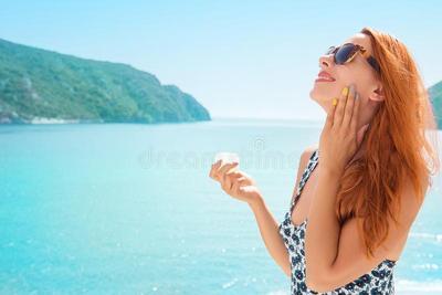 Enggak Boleh Asal, Begini Cara Tepat Menggunakan Sun Protection di Wajah!
