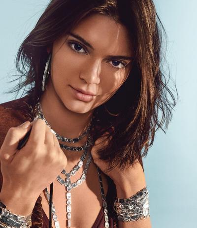 Ternyata Ini Cara Menghilangkan Jerawat yang Dilakukan oleh Kendall Jenner, Mudah dan Ampuh!