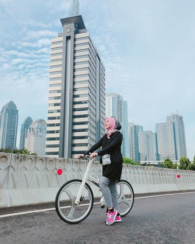 Jangan Takut Terlalu Ketat! Ini Inspirasi Style Olahraga untuk Hijabers Ala Selebgram Berhijab Kekinian