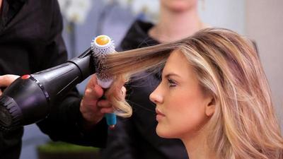 #FORUM Review Powerblow, L'Oreal Professionnel untuk Rambut Berkilau Hanya 5 Menit