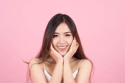 Lakukan Daily Skin Care Routine Ini Khusus untuk Kamu yang Memiliki Jenis Kulit Wajah yang Kering