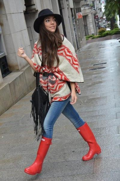 Cape Sweater for Stylish Look