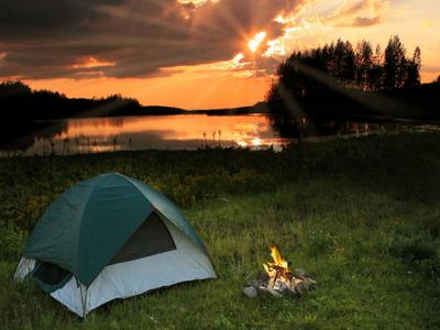 https://cdn-jpg2.theactivetimes.com/sites/default/files/camping.jpg