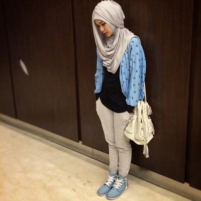 http://2.bp.blogspot.com/-yG-i8yDs8Dg/VMrWT1WQ7jI/AAAAAAAAApU/cWRFEd3Szrg/s1600/hijab-style-zaskia-mecca.jpg
