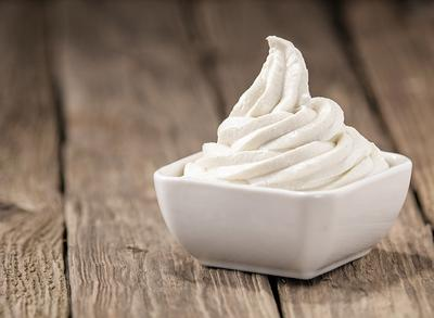 http://s.eatthis-cdn.com/media/images/ext/842948581/plain-frozen-yogurt.jpg