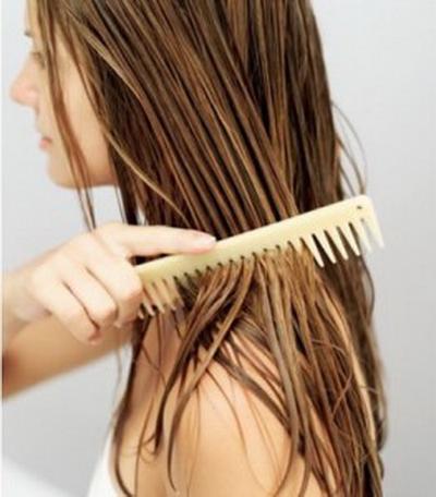 Cara Memanfaatkan Minyak Zaitun untuk Rambut