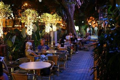 6 Kafe Asyik untuk Nongkrong di Bali