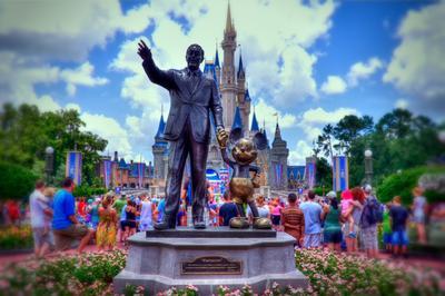 1. Walt Disney World Resort - Lake Buena Vista, Florida, Amerika Serikat