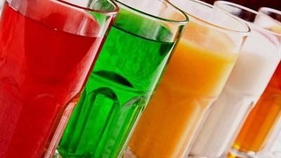 6. Hindari Minuman Berkalori Saat Makan