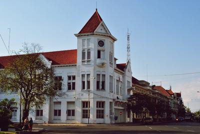 2. Surabaya