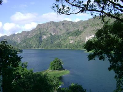 8. Danau Tihu
