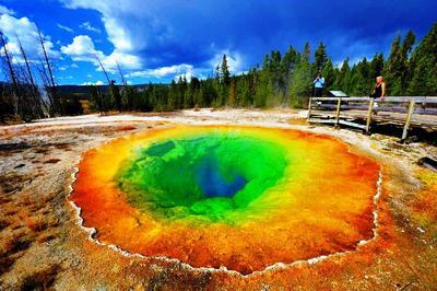 Taman Nasional Yellowstone - Amerika Serikat