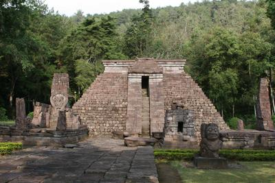 5. Candi Sukuh, Jawa Tengah