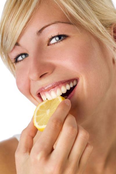 Bibir Sehat Alami Dengan Lemon