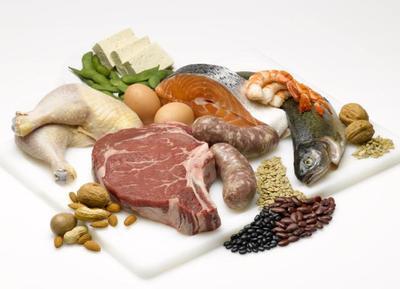 Konsumsi Makanan Kaya Protein