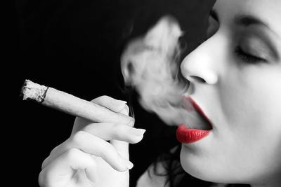 6. Kebiasaan Merokok