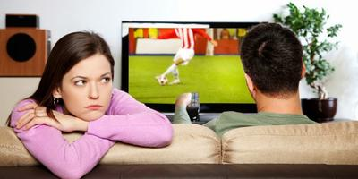 10 Tanda Pasangan Mulai Bosan Dengan Kita