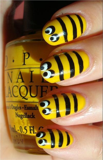 Honey Bee Nail