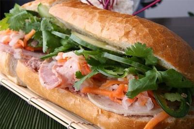 Banh Mi (Roti Isi)