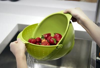 8. Rinse Bowl & Strainer