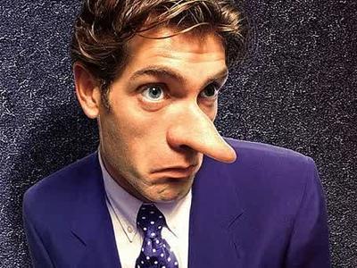 Ciri-Ciri Seorang Pria Sedang Berbohong