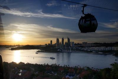2. Singapore Cable Car - Sentosa, Singapura