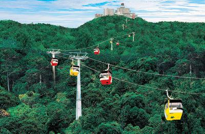 4. Genting Skyway Cable Car - Genting Highlands, Malaysia