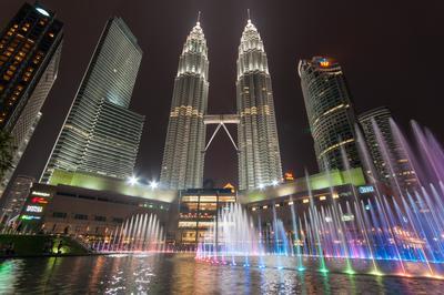 3. KLCC Petronas