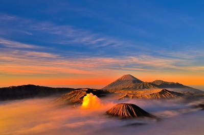 4. Gunung Bromo - Malang