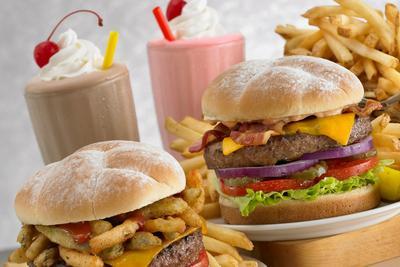 2. Makan Makanan Berlemak