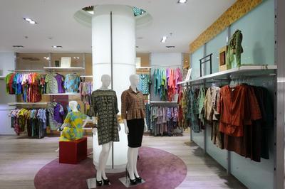 Tempat Belanja Batik Modern