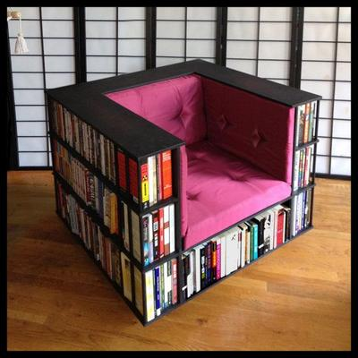 Aneka Paduan Unik Kursi dan Rak Buku Bagi Bookaholic