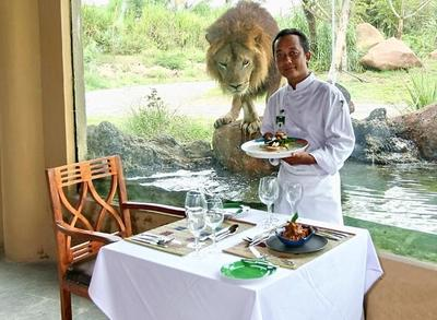 Tsavo Lion Restaurant