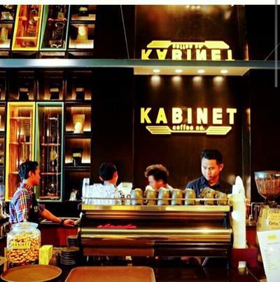 Visit Kabinet Coffee