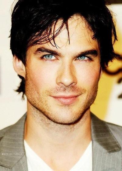 10 Selebriti Pria dengan Bibir Terseksi di dari Penjuru Dunia