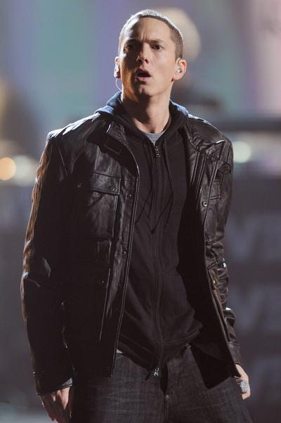 Eminem, udah pada kenal dengan rapper yang satu ini, kan?