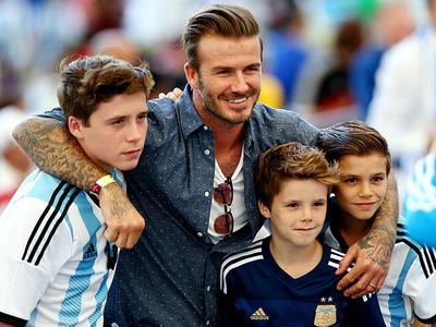 Ini Dia 5 Pria Tampan dan Hot Daddy di Hollywood