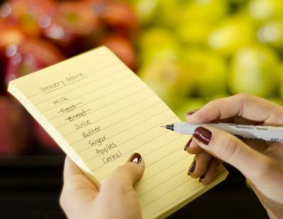 1. Buat Daftar Belanja Sesuai Prioritas