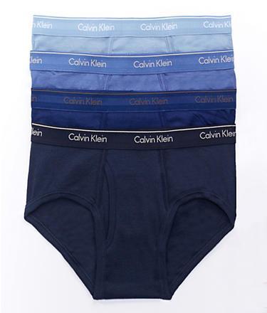 Fact #6 : Suka Memakai Playboy Underwear & Calvin Klein